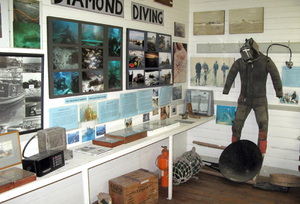 Great display about diamond diving.