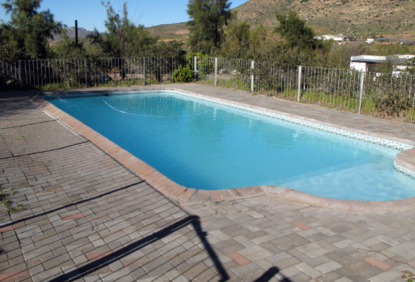 Well maintained and clean swimming pool