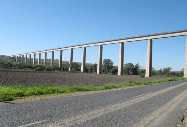 Sishen Saldanha railway bridge between Lutzville and Vredendal