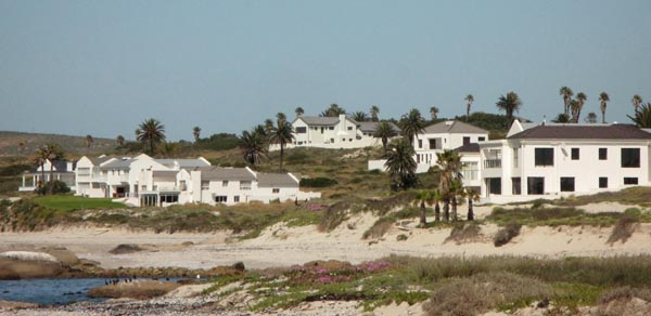 Some houses on the north side of the point.