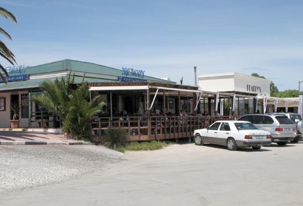 Restaurants at the main beach area