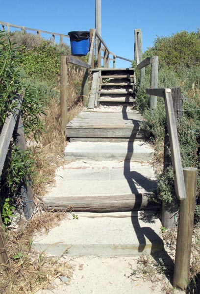 Access to the beach.