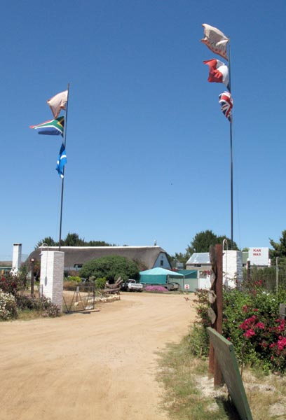 The first place as you turn off the R27 - The Weskus Padstaal.