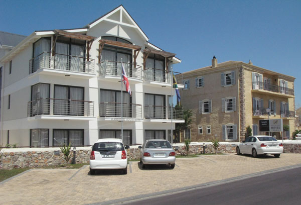 There are also many hotels and B&B's in the Old Harbour Area and many more in the older part of Hermanus.